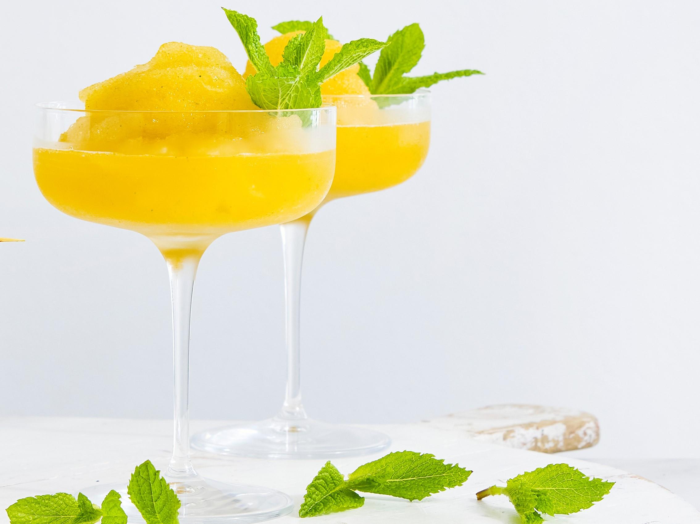 Apricot Frozen Daiquiri