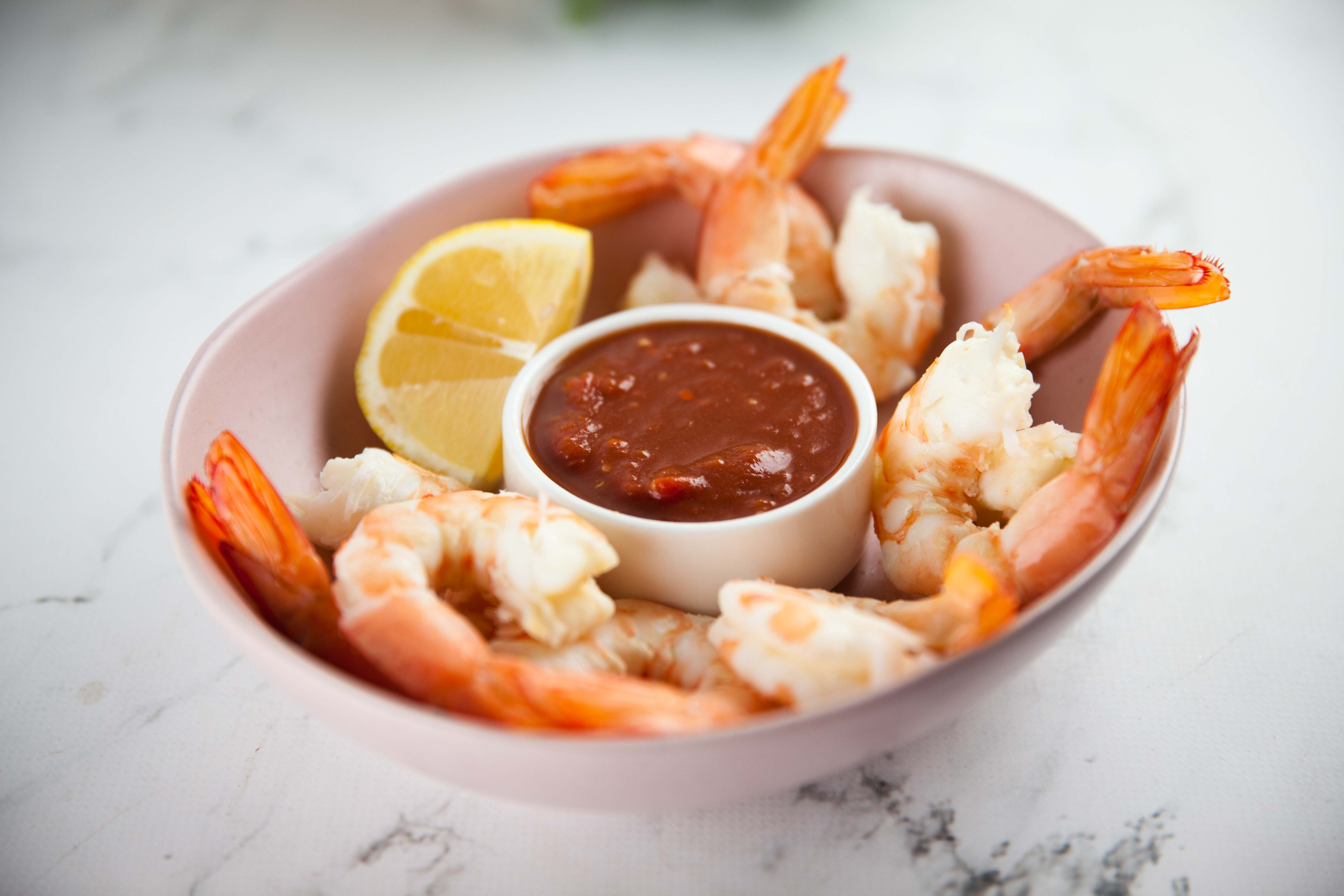 Prawns with American-Style Cocktail Sauce
